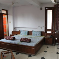 Отель Jaipur Inn 2* Номер Делюкс с различными типами кроватей