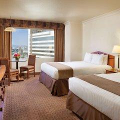 Stratosphere Hotel, Casino & Tower 3* Улучшенный номер с различными типами кроватей фото 2