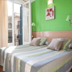 Отель Hostal Felipe 2 Стандартный номер с двуспальной кроватью (общая ванная комната)