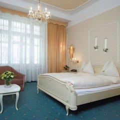 Hotel Pension Baronesse 4* Улучшенный номер с различными типами кроватей фото 3