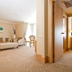 Отель Alkoclar Exclusive Kemer 5* Стандартный семейный номер разные типы кроватей
