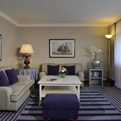 Отель Best Western Premier Parkhotel Kronsberg 4* Люкс с различными типами кроватей