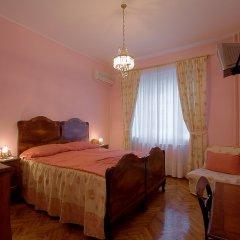 Отель Casa Ferrari B & B 3* Стандартный семейный номер с двуспальной кроватью