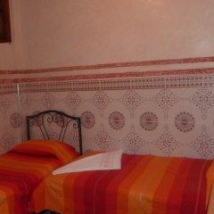 Hotel Aday 2* Стандартный номер с различными типами кроватей (общая ванная комната)