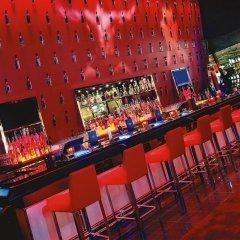 Отель SKYLOFTS at MGM Grand гостиничный бар фото 5
