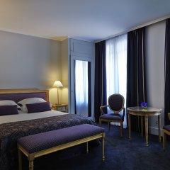Royal Hotel Paris Champs Elysées 4* Улучшенный номер с различными типами кроватей