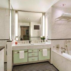 Отель The Mark Нью-Йорк ванная фото 6