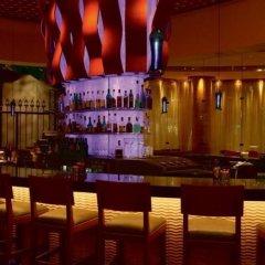 Отель SKYLOFTS at MGM Grand гостиничный бар фото 4
