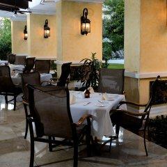 Отель Courtyard By Marriott Cancun Airport ресторан фото 2
