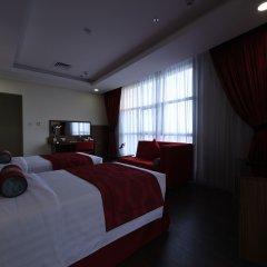 Отель Ramada Encore Kuwait Downtown 4* Люкс с различными типами кроватей