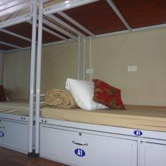Hanoi Airport Hostel Кровать в общем номере с двухъярусной кроватью
