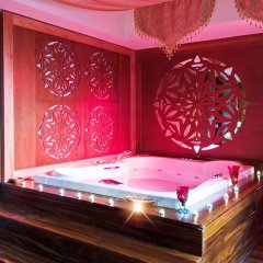 Отель Rixos Sungate - All Inclusive крытая спа-ванна фото 2