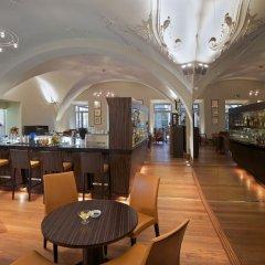Отель The Grand Mark Prague гостиничный бар фото 2