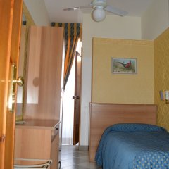 Hotel Dei Mille 2* Номер категории Эконом с различными типами кроватей