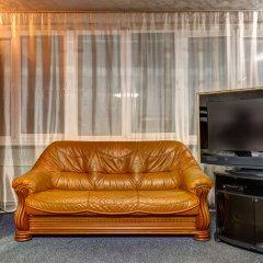 Dikat Hostel Кровать в общем номере с двухъярусной кроватью