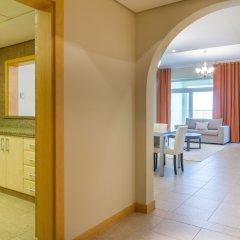 Отель Bespoke Residences - Shoreline Al Haseer в номере