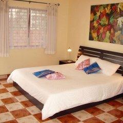 Отель Puerta Del Sol Rooms Phuket комната для гостей