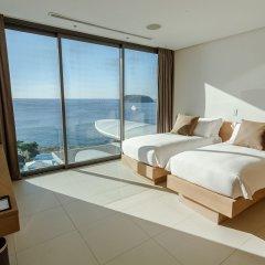 Отель Kata Rocks 5* Вилла с разными типами кроватей фото 2