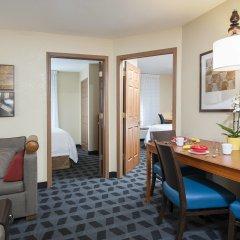 Отель TownePlace Suites by Marriott Indianapolis - Keystone Люкс с различными типами кроватей