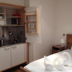 Отель Mstay 291 Suites Студия с двуспальной кроватью