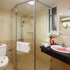 Отель Aquarius Grand Hotel Вьетнам, Ханой - отзывы, цены и фото номеров - забронировать отель Aquarius Grand Hotel онлайн ванная