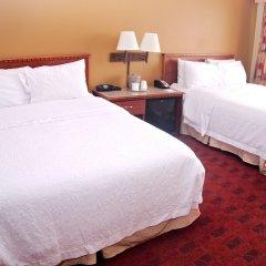 Отель Hampton Inn Gateway Arch Downtown 3* Стандартный номер с различными типами кроватей
