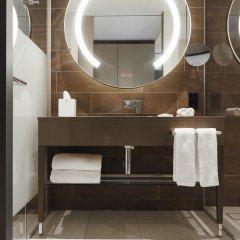 Отель Hyatt Regency Amsterdam Стандартный номер с различными типами кроватей фото 7