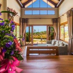 Отель Chalong Chalet Resort & Longstay комната для гостей