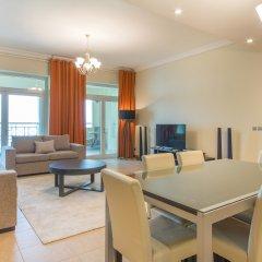 Отель Bespoke Residences - Shoreline Al Haseer комната для гостей фото 2