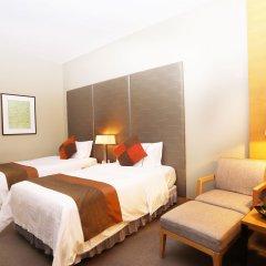Jianguo Hotel Guangzhou 4* Стандартный номер с разными типами кроватей