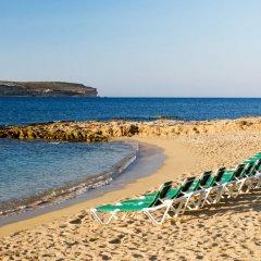 Paradise Bay Hotel пляж