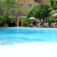 Отель Courtyard By Marriott Cancun Airport открытый бассейн фото 2