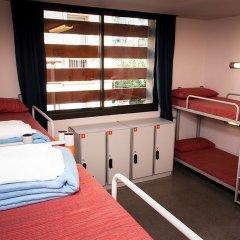 Barcelona Pere Tarrés Hostel Кровать в женском общем номере с двухъярусной кроватью фото 2