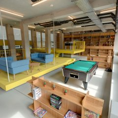 ClinkNOORD - Hostel Амстердам игровая комната