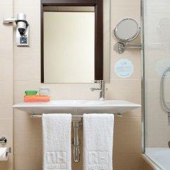 Отель NH Barcelona Diagonal Center ванная фото 2