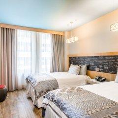 Отель TRYP By Wyndham Times Square South 4* Стандартный номер с различными типами кроватей