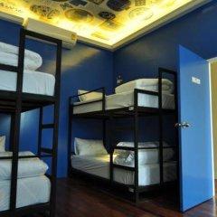 Ai Phuket Hostel Кровать в общем номере с двухъярусной кроватью