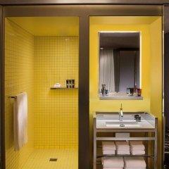 Отель SLS Las Vegas 4* Стандартный номер с 2 отдельными кроватями фото 3