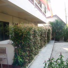 Отель Puerta Del Sol Rooms Phuket парковка