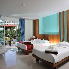Отель Baan Karon Resort 3* Улучшенный номер с различными типами кроватей фото 2