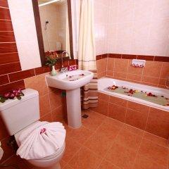 Отель La Vintage Resort ванная фото 2