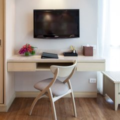 Отель Amari Residences Bangkok 4* Люкс с различными типами кроватей