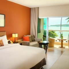 Отель Crowne Plaza Phuket Panwa Beach 5* Улучшенный номер с различными типами кроватей фото 4