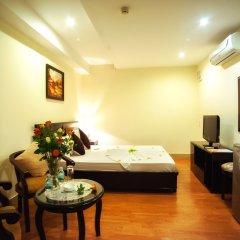 The Summer Hotel 3* Улучшенный номер с двуспальной кроватью