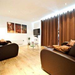Отель Living by BridgeStreet, Manchester City Centre 4* Апартаменты с различными типами кроватей фото 3