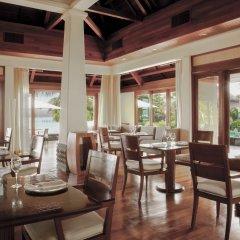 Отель Shanti Maurice Resort & Spa питание