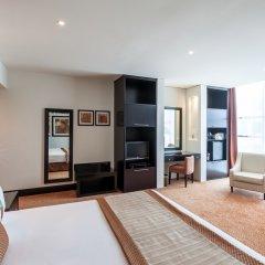 Отель Holiday Inn Dubai - Al Barsha 4* Номер Делюкс с различными типами кроватей