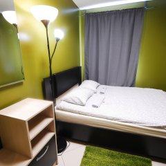 Хостел Landmark City Стандартный номер с двуспальной кроватью (общая ванная комната)