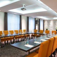 AZIMUT Hotel FREESTYLE Rosa Khutor конференц-зал