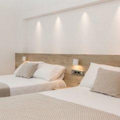 Отель RVHotels Nieves Mar 3* Улучшенный номер с двуспальной кроватью